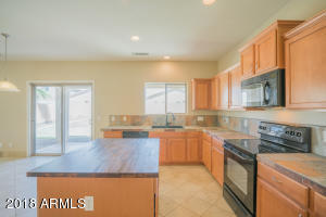 18630 W SUNNYSLOPE Lane, Waddell, AZ 85355