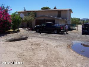 715 W SUNLAND Avenue, Phoenix, AZ 85041