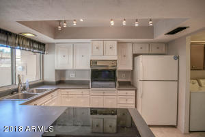 Lovely kitchen space!!! (ALL APPLIANCES INCLUDED!!!) Just bring your toothbrush!!!