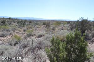 4710 E CRAZY HORSE Circle Lot 69, Rimrock, AZ 86335