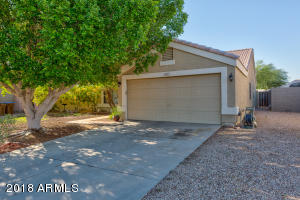 871 W 19TH Avenue, Apache Junction, AZ 85120