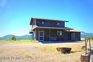 9101 E IRON KING Road, Dewey, AZ 86327