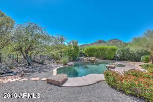 Heated Pool & Spa Mountain Views