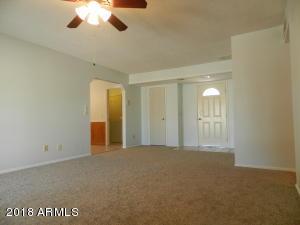 510 W SUNDANCE Way, Chandler, AZ 85225