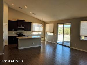 48117 N 7TH Avenue, New River, AZ 85087