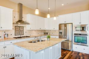 Bright and light Kitchen!