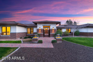 CTR Design Group & Harris Luxury Homes have been recognized in Phoenix Home & Garden, AZ Foothills and other publications