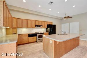 15079 N ESCONDIDO Drive, A, Fountain Hills, AZ 85268
