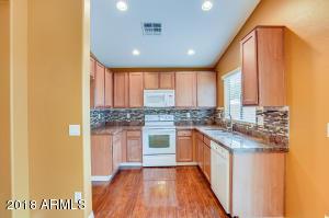 34527 N KARAN SWISS Circle, San Tan Valley, AZ 85143