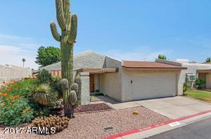 2910 W ALTADENA Avenue, Phoenix, AZ 85029