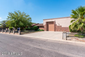 1328 N 66th Place