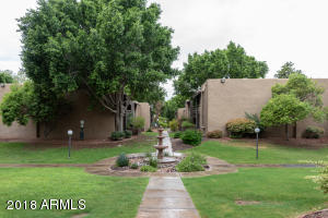 Perfect opportunity to own a property in the heart of the Camelback corridor with one assigned parking spot and a nice availability to guest parking. A five minute drive to shopping at the Biltmore.