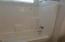 BR 2 tub/shower
