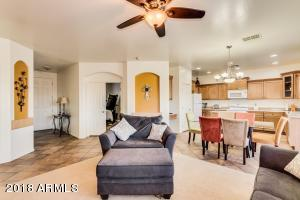 7326 W WOLF Street, Phoenix, AZ 85033