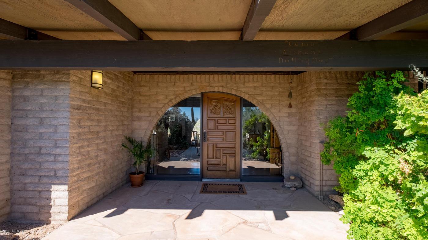 Photo of 37461 S RINCON Road, Wickenburg, AZ 85390