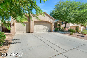 Property for sale at 716 W Amberwood Drive, Phoenix,  Arizona 85045