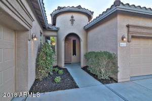 18415 W SUMMERHAVEN Drive, Goodyear, AZ 85338