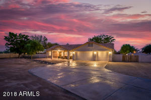 8424 W PINNACLE PEAK Road, Peoria, AZ 85383