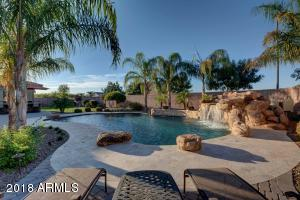 2180 E ARIS Drive, Gilbert, AZ 85298