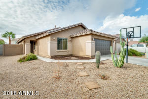 13923 W COUNTRY GABLES Drive