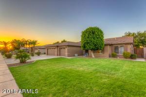 2722 E CARLA VISTA Drive, Gilbert, AZ 85295
