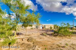 781 S WARREN Road, Maricopa, AZ 85139