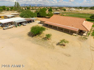 699 W OCOTILLO Road, San Tan Valley, AZ 85140