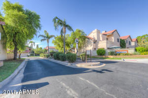 5983 W TULSA Street, Chandler, AZ 85226