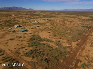 002 N J-1 Ranch Road, -, Wickenburg, AZ 85390