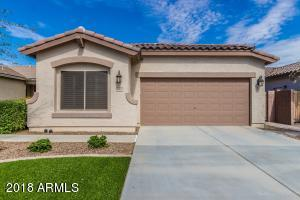 Immaculate 3 bedroom plus a den Rorotonga Model in planned community of Ironwood Crossing
