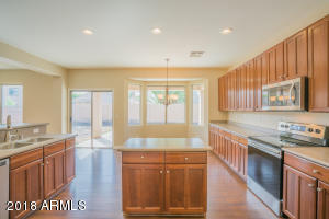 17577 W CROCUS Drive, Surprise, AZ 85388