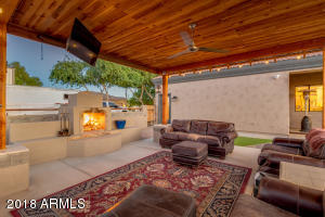 1684 E PAINT HORSE Place, San Tan Valley, AZ 85140