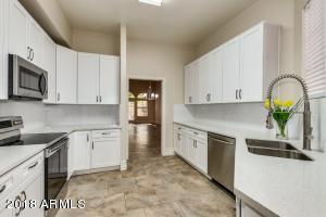 1700 E LAKESIDE Drive, 44, Gilbert, AZ 85234