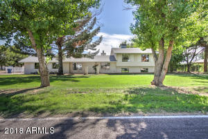 You will love this spacious horse estate in a great Gilbert location!