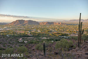 Property for sale at LOT B 5850 E Cholla Lane, Paradise Valley,  Arizona 85253
