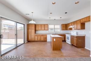 3705 W NANCY Lane, Phoenix, AZ 85041