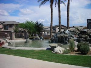 705 W QUEEN CREEK Road, 1001, Chandler, AZ 85248