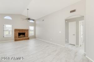 8663 N 110TH Avenue, Peoria, AZ 85345