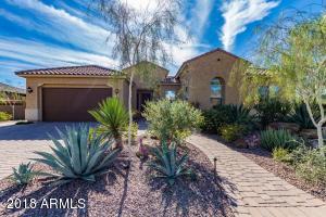 909 W SPUR Drive, Phoenix, AZ 85085