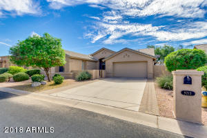 9213 E ROCKY LAKE Drive, Sun Lakes, AZ 85248
