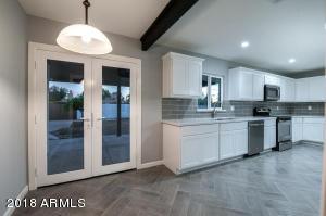 2053 W STELLA Lane, Phoenix, AZ 85015