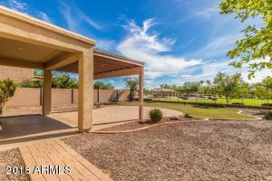 545 E Kapasi Lane, San Tan Valley, AZ 85140