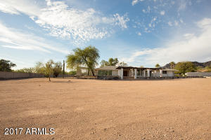 6102 N PALO CRISTI Road, Paradise Valley, AZ 85253
