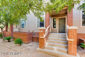 718 S BECK Avenue, Tempe, AZ 85281