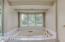 Jacuzzi soaking tub
