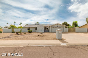Welcome to 5039 E. Emile Zola - Large corner lot in Sunburst Estates!