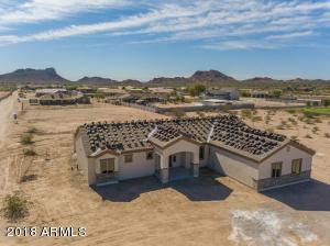 829 W Magma Road, San Tan Valley, AZ 85143