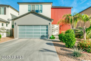 3914 E EARLL Drive, Phoenix, AZ 85018