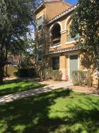 165 W Tremaine Court, Gilbert, AZ 85233