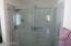 BRAND NEW BATHROOM & FIXTURES